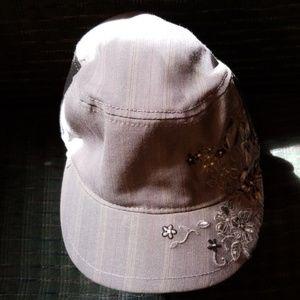 Women's Grey & Black Butterfly/ Flower Print Hat